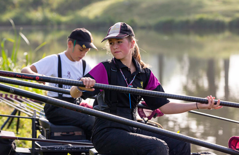Evezet Teamcompetitie Dames en Junioren U20 bij Hellevoetsluis