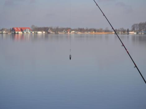 E vd Kamp wint wedstrijd tussen de meren Giethoorn.