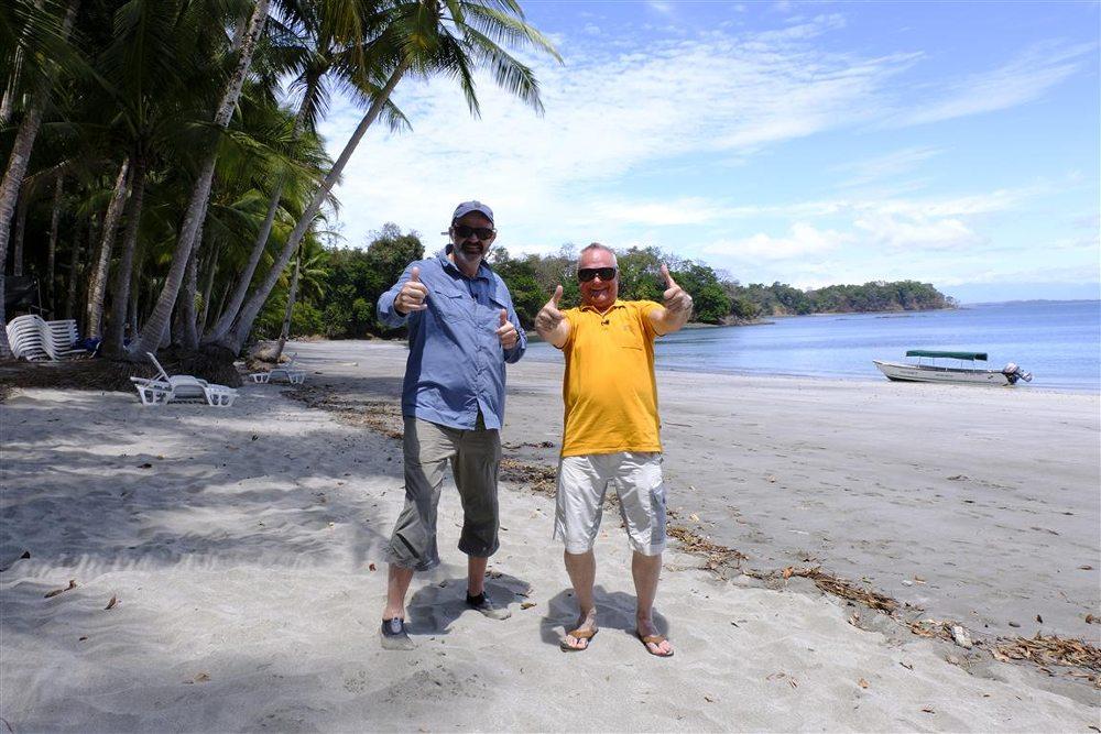 Ed's droomvis brengt het tweetal naar tropische oorden.