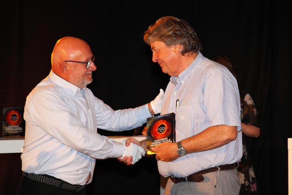 De Visitor's Choice Award ging naar R.L. Winston voor hun nieuwe zoutwater vliegenhengel.