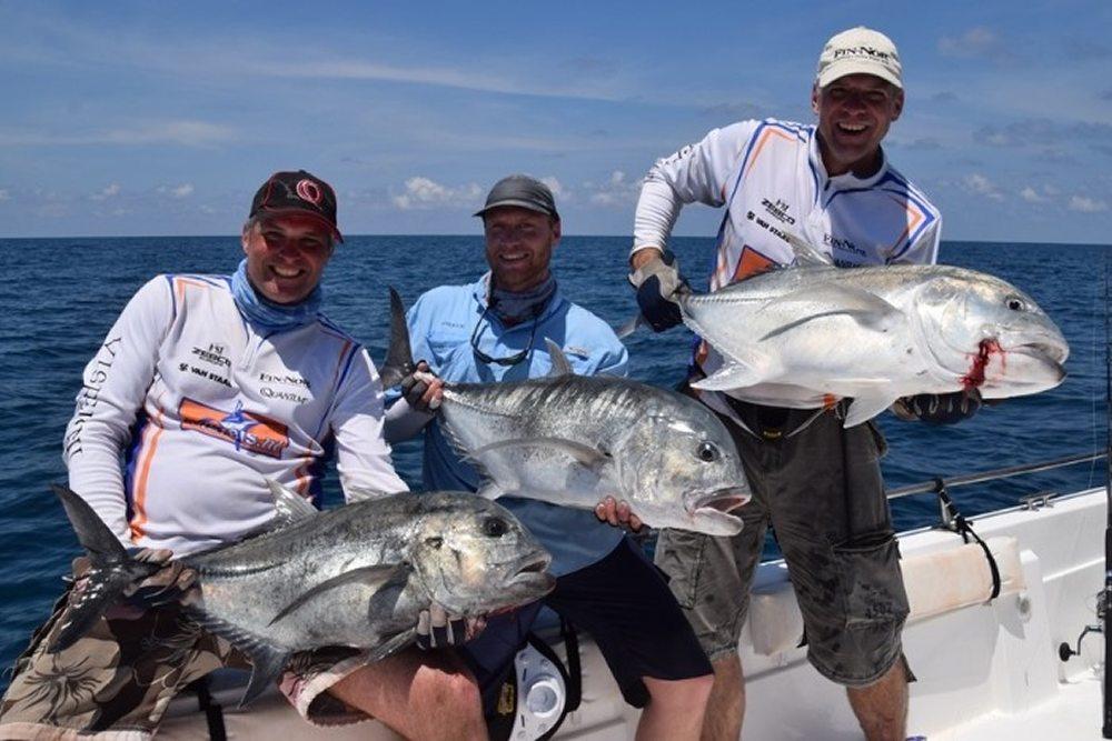 De zomervakantie staat voor de deur en veel vissers gaan er met de familie op uit naar warmere oorden.
