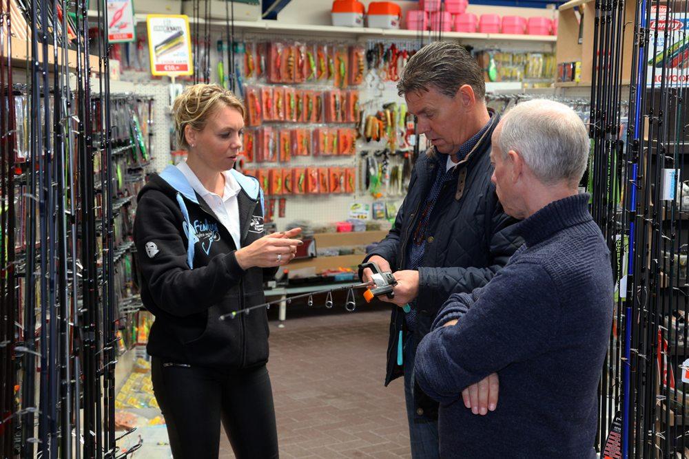 Ter gelegenheid van de Feest4Daagse van Hengeldiscount Gigant was op vrijdag 28 september ook de pers uitgenodigd om naar de grote hengelsportspeciaalzaak in Oldemarkt te komen.