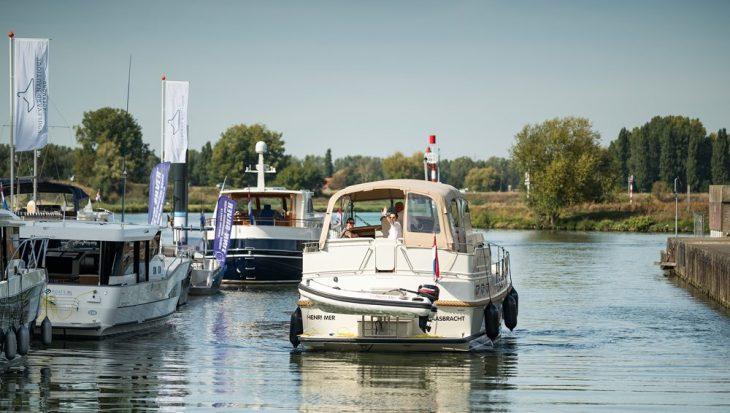 Duizenden watersporters uit de Euregio bezoeken de eerste outdoor watersport beurs in Limburg