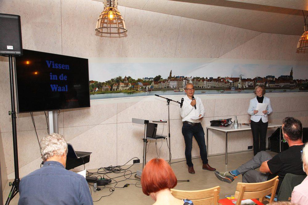 Tijdens de avond werden er rond het thema drie presentaties gehouden, waarna er ook vragen gesteld konden worden. De avond werd bezocht door zo'n vijftig tot zestig mensen, waaronder ook een flink aantal sportvissers.
