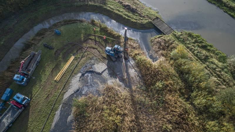 De omleiding voor het restwater van de zuivelfabriek.