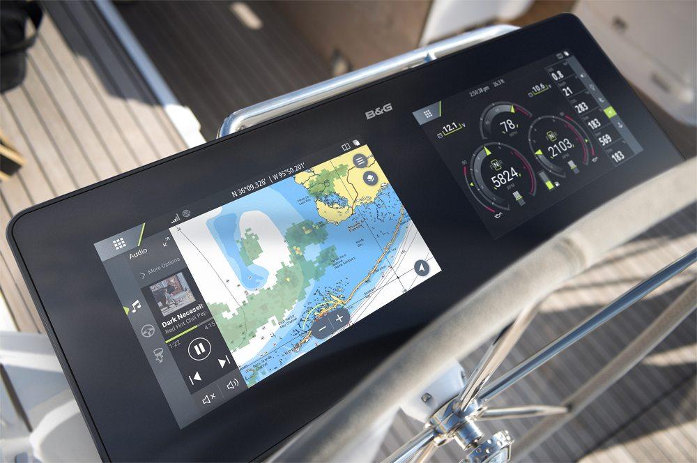 Het informatiedisplay is genomineerd door de jury van de wereldwijd erkende DAME Design Award 2018 in de categorie Marine electronics & marine gerelateerde software.