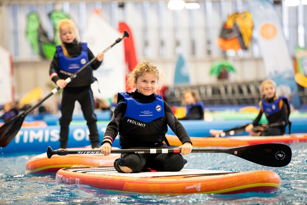 De HISWA Sport Xperience is dit jaar voor het eerst georganiseerd in samenwerking met verschillende sportbonden, te weten het Watersportverbond, Koninklijke Nederlandse Golf Federatie, Nederlandse Volleybal Bond, Koninklijke Nederlandse Hockey Bond en de Nederlandse Ski Vereniging.