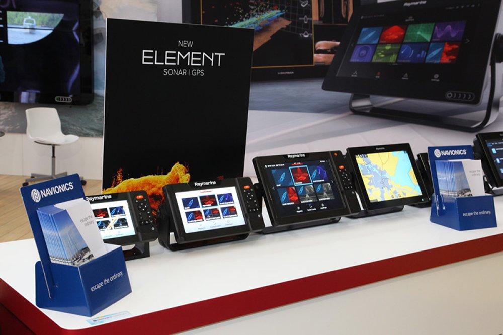 Aan de nieuwe Raymarine Element apparatuur wordt uiteraard veel aandacht geschonken.