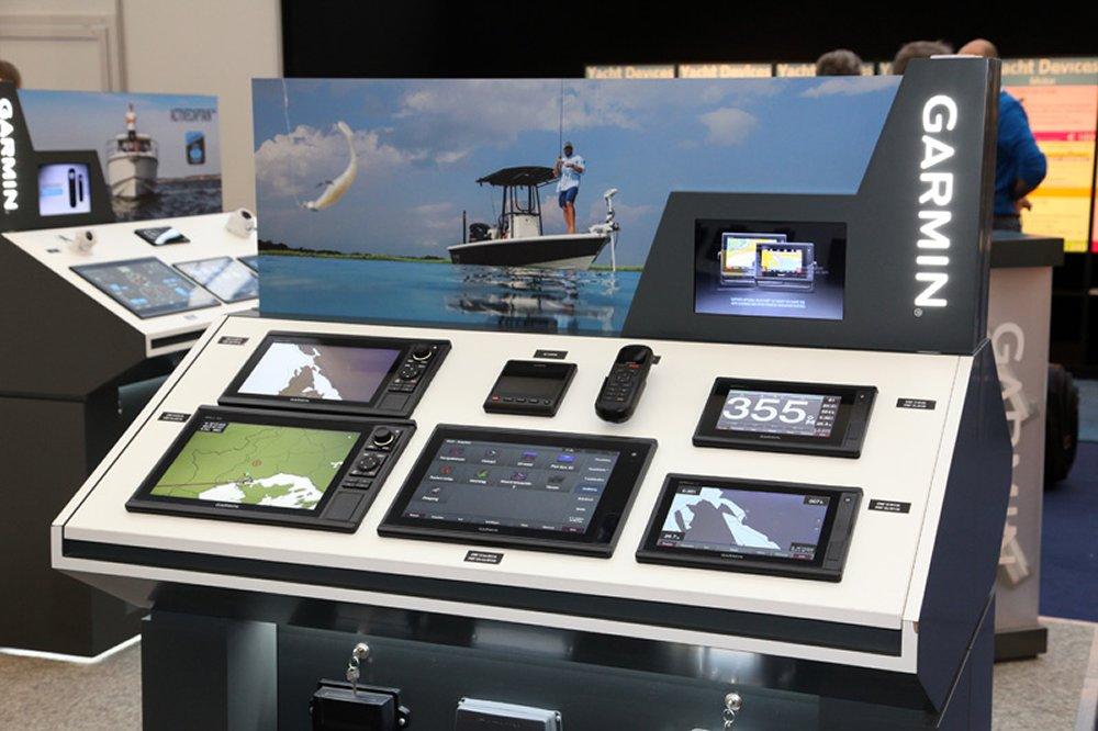 Ook op de stand van Garmin is veel nieuwe apparatuur te bewonderen.