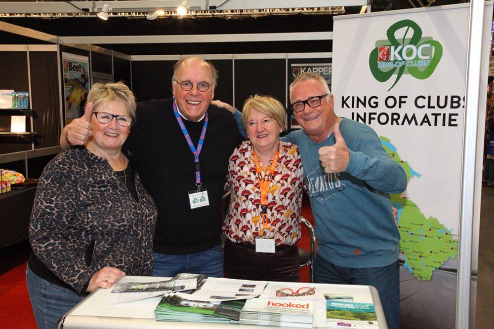 Ed hier samen met v.l.n.r. zijn vrouw Joke, Pierre Bronsgeest, organisator King of Clubs en Teresa Kennedy van Glenview in Ballinamore.