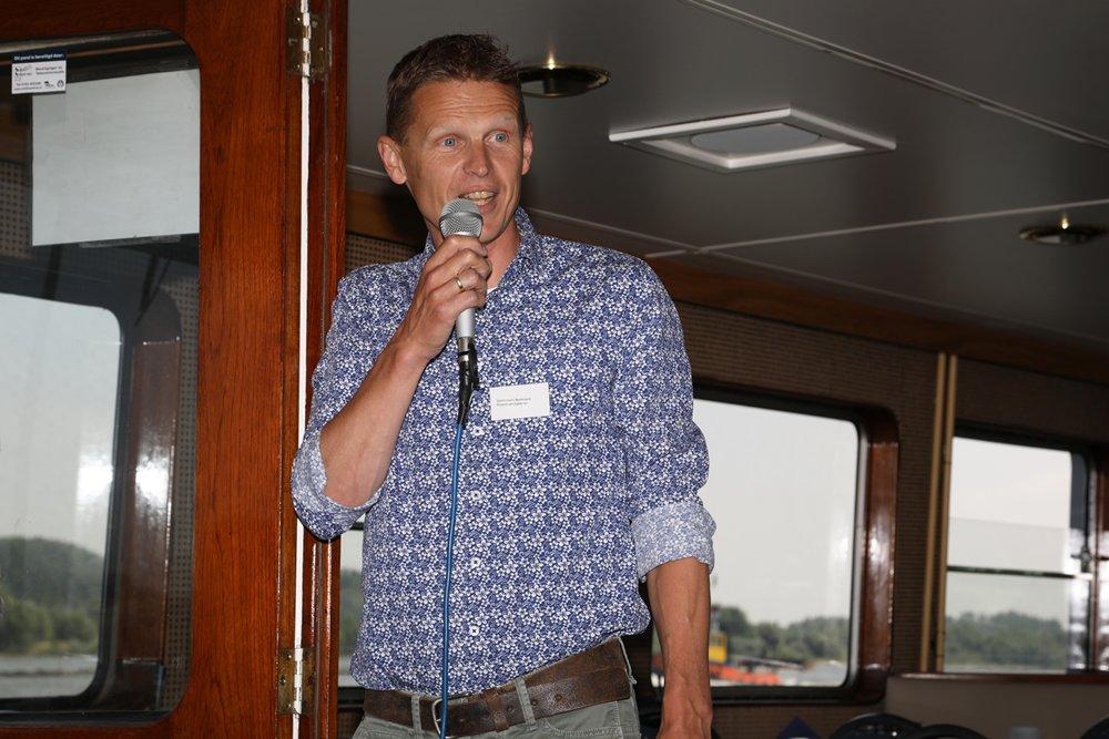 Roland van Aalderen van Sportvisserij Nederland ging in op allerlei aspecten voor de sportvisser rondom de langsdammen.
