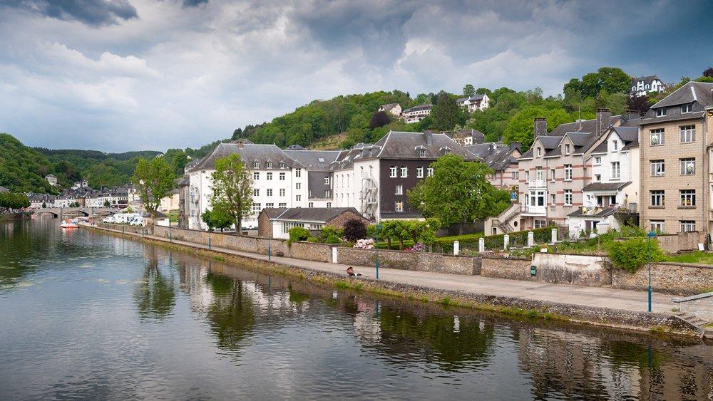 Ben je dol op vissen in de vrije natuur? Ga dan eens naar de Ardennen in België.