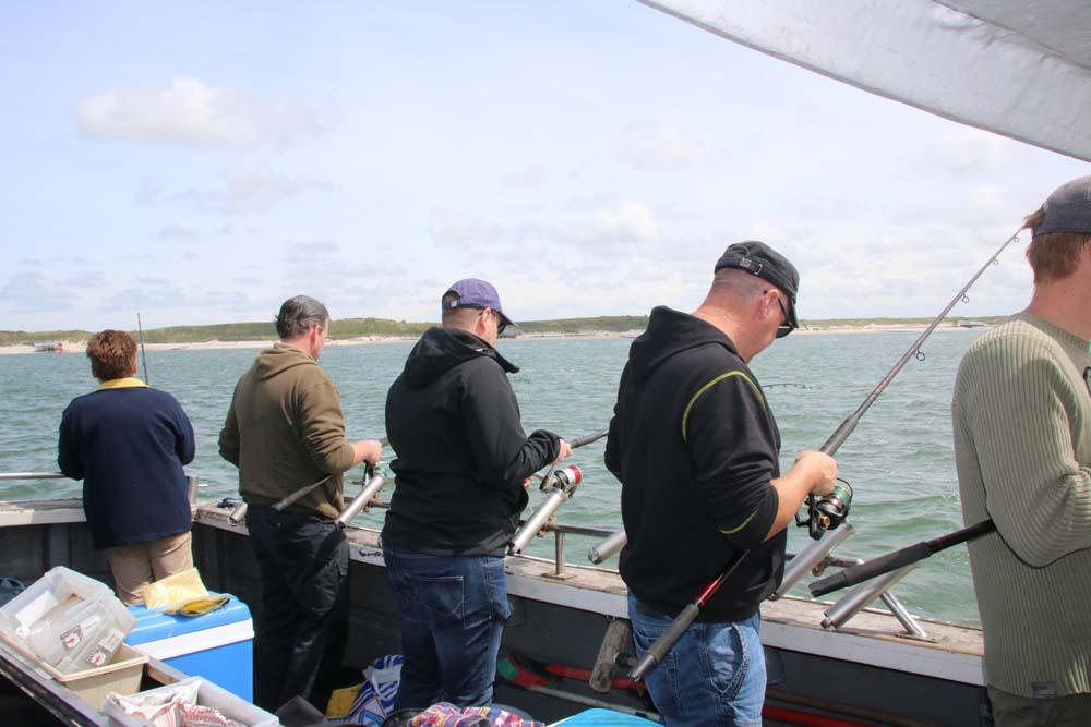 zeevissen vanaf een boot