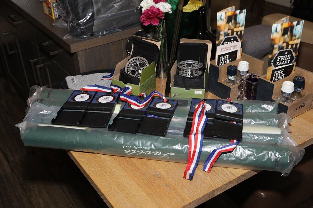Medailles en fraaie prijzen voor de teams die het hoogst geëindigd waren, voor elk team was er een prijs beschikbaar!