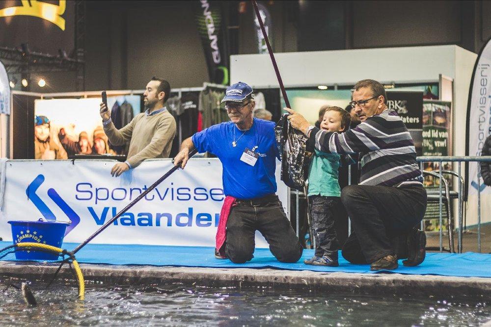 Sportvisserij Vlaanderen: Onze partner zal opnieuw op een indrukwekkende manier aanwezig zijn op de Hengel Expo, met tal van activiteiten, een immense visvijver, een castingbaan, wedstrijden, animaties voor de jeugd, ....