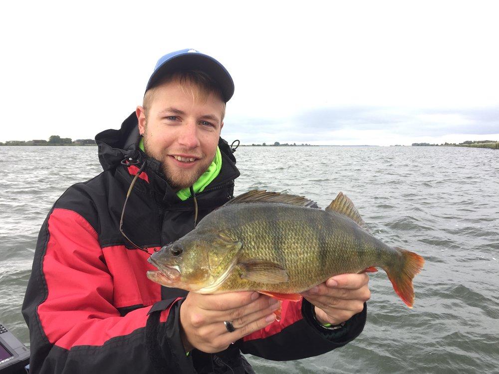 Gerald (26) woont ook in Nunspeet en kwam ook door zijn vader in aanraking met vissen.