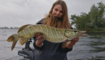 Vissen op de Vinkeveense Plassen is voor sport- en recreatievissers elke keer opnieuw een unieke beleving.