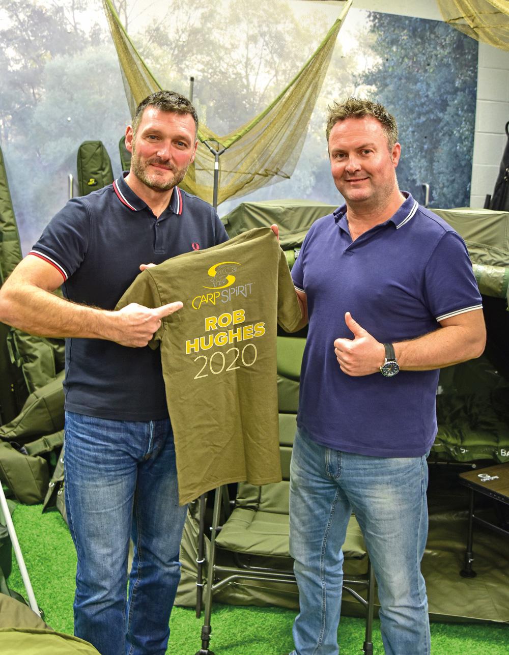 """Daryl Hodges, hoofd marketing van Dynamite Baits en Carp Spirit, voegde eraan toe: """"Met zijn ervaring en passie voor de sport en kennis van de branche is Rob geweldig om aan boord te hebben voor Carp Spirit, hij zal ons helpen bij het vergroten van de interesse voor het karpervissen in de UK en daarbuiten middels een aantal geweldige producten! Met Rob en Ian die samen werken, zal Carp Spirit zich nog meer laten zien dit jaar."""""""