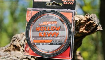 Het nieuwe Hollow Kevvy is een ongelofelijk slijtvast en gemakkelijk te splicen (snag) leadermateriaal van Rigsolutions.