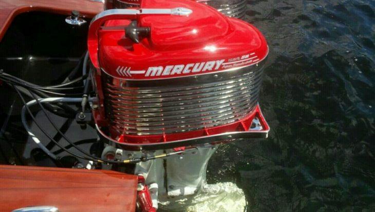 Bootvissen met Mercury stijliconen uit de vijftiger jaren