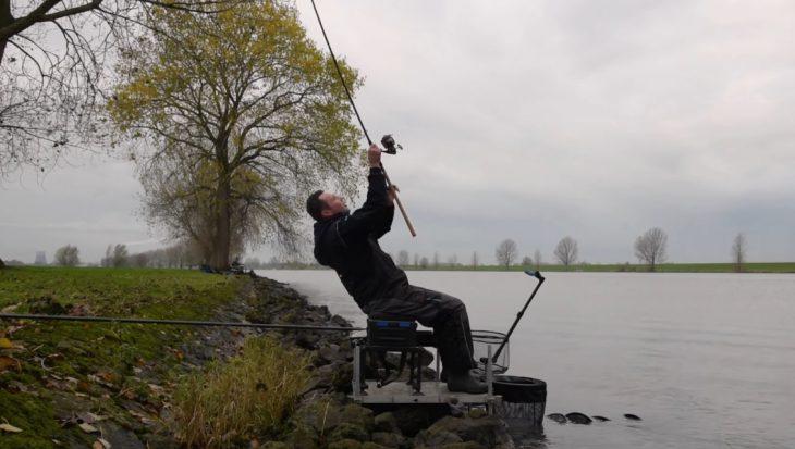 Met Fish Cresta TV naar de waterkant in 2021