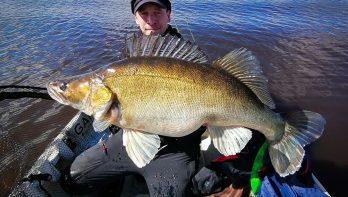 Zware Finse snoekbaarzen met 15 kilo vis als kers op de taart