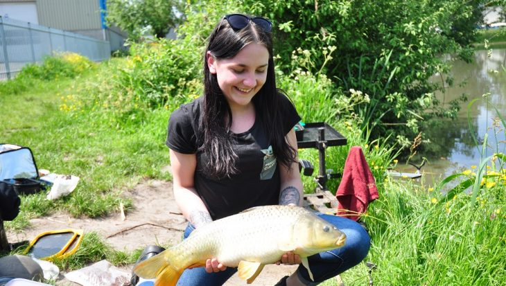 Vissen in de buurt: woonwijkvissen met Ella