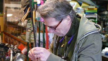 Artikel van Toen: 'Handy Fisherman' Bert Schouten